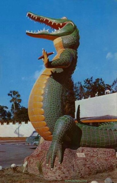 tap the cigar to visit where this iconic FloridaPast Roadside Smoke'n Gator Stood